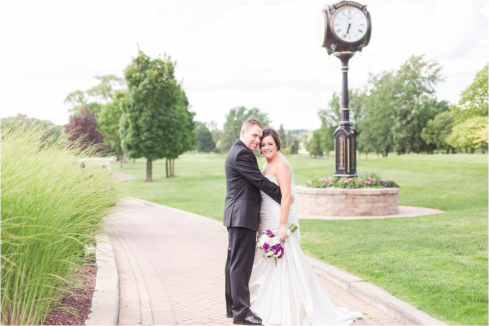classic-wedding-photos-at-great-oaks-country-club-in-rochester-hills-mi-by-courtney-carolyn-photography_0112.jpg