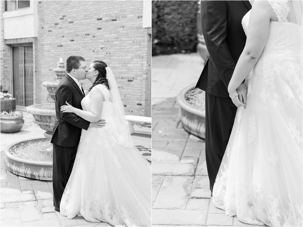 modern-and-elegant-wedding-photos-at-kensington-court-in-ann-arbor-mi-by-courtney-carolyn-photography_0033.jpg
