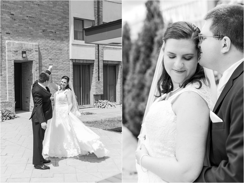 modern-and-elegant-wedding-photos-at-kensington-court-in-ann-arbor-mi-by-courtney-carolyn-photography_0039.jpg