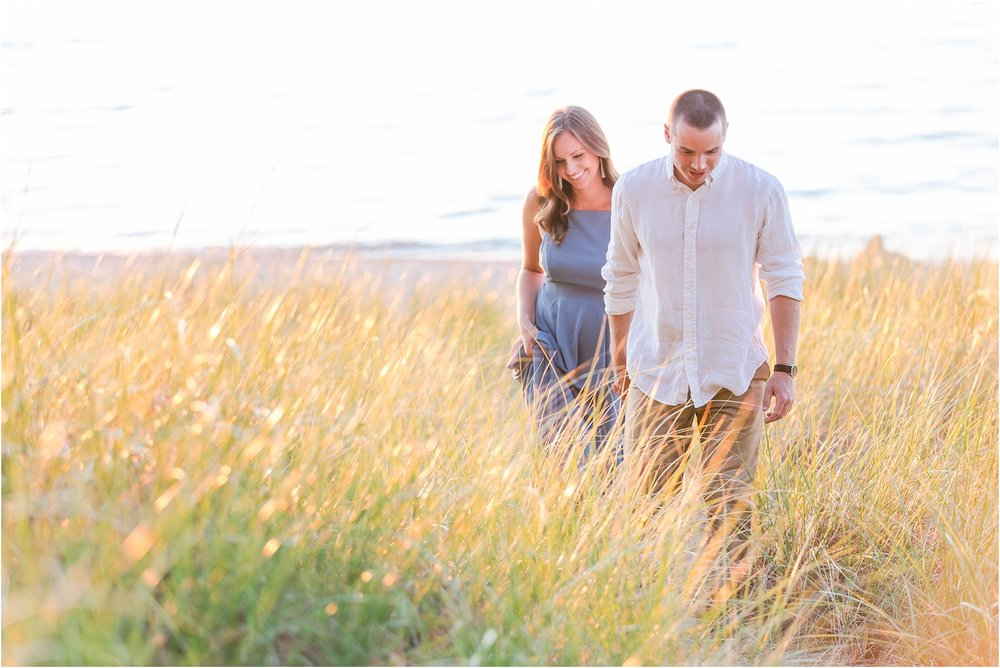 romantic-sunset-engagement-photos-at-michigan-beach-park-in-charlevoix-mi-by-courtney-carolyn-photography_0002.jpg