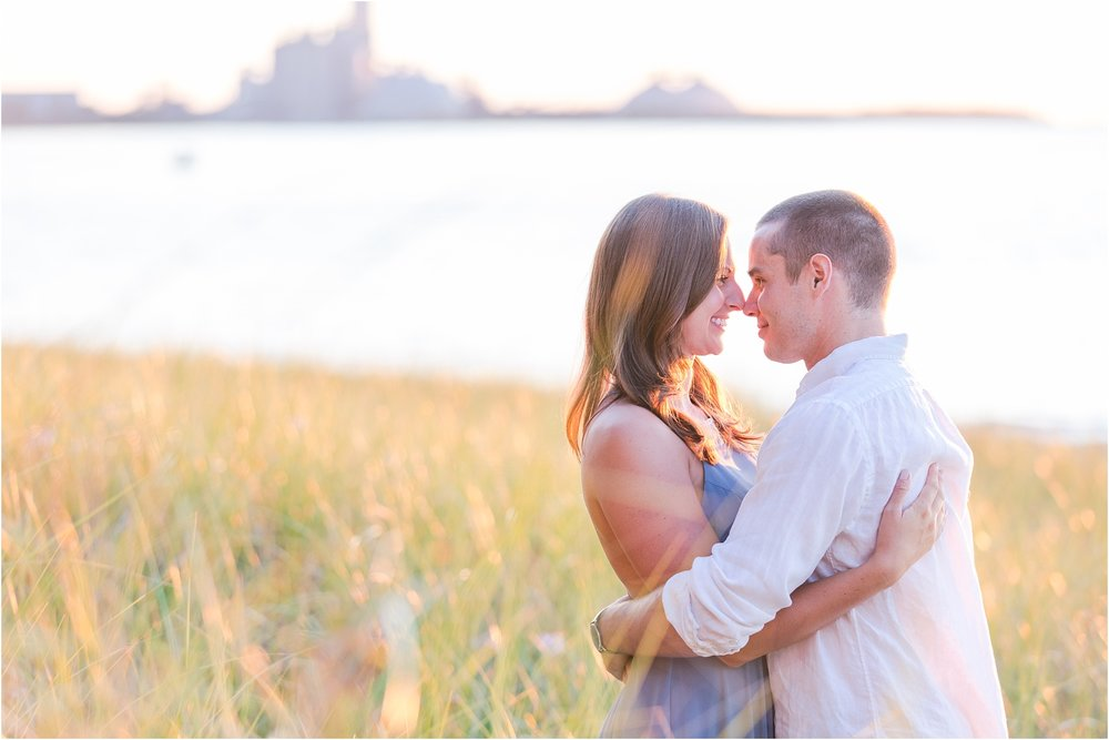 romantic-sunset-engagement-photos-at-michigan-beach-park-in-charlevoix-mi-by-courtney-carolyn-photography_0008.jpg