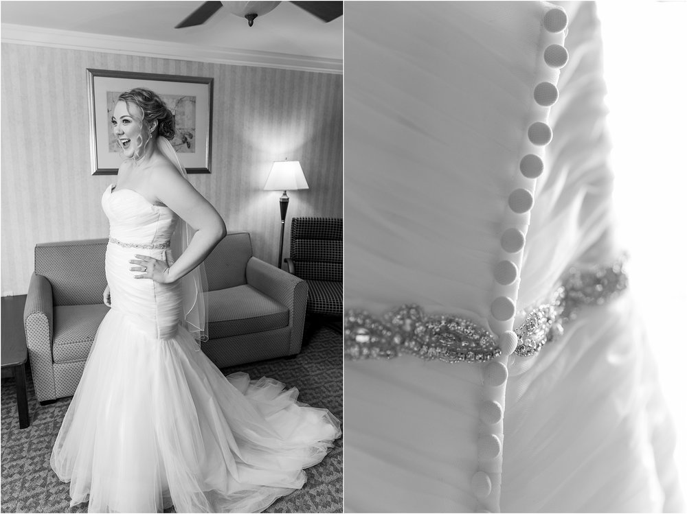 joyful-and-candid-navy-blush-wedding-photos-at-crystal-gardens-in-howell-mi-by-courtney-carolyn-photography_0027.jpg