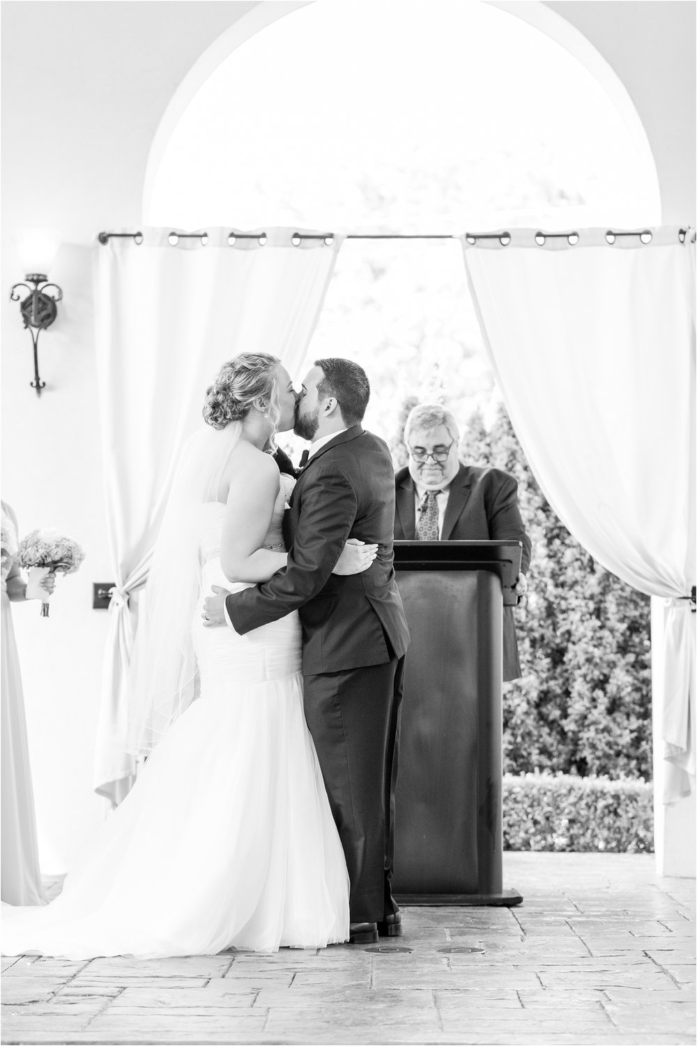 joyful-and-candid-navy-blush-wedding-photos-at-crystal-gardens-in-howell-mi-by-courtney-carolyn-photography_0053.jpg