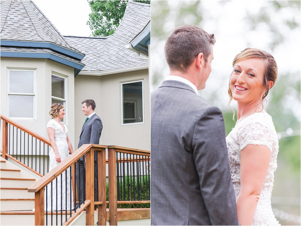 romantic-intimate-backyard-wedding-photos-at-private-estate-in-ann-arbor-mi-by-courtney-carolyn-photography_0031.jpg
