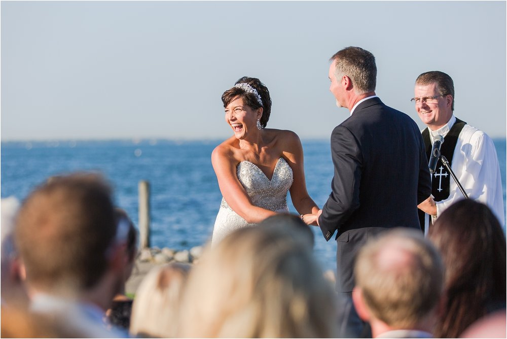 classic-natuical-inspired-wedding-photos-on-infinity-ovation-yacht-in-st-clair-shores-mi-by-courtney-carolyn-photography_0049.jpg