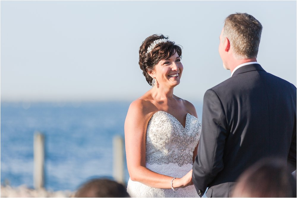 classic-natuical-inspired-wedding-photos-on-infinity-ovation-yacht-in-st-clair-shores-mi-by-courtney-carolyn-photography_0052.jpg