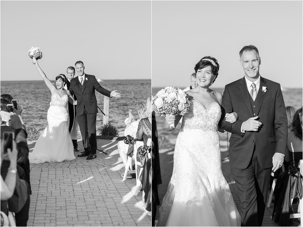 classic-natuical-inspired-wedding-photos-on-infinity-ovation-yacht-in-st-clair-shores-mi-by-courtney-carolyn-photography_0055.jpg