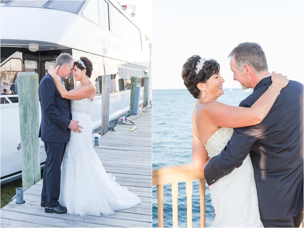 classic-natuical-inspired-wedding-photos-on-infinity-ovation-yacht-in-st-clair-shores-mi-by-courtney-carolyn-photography_0068.jpg