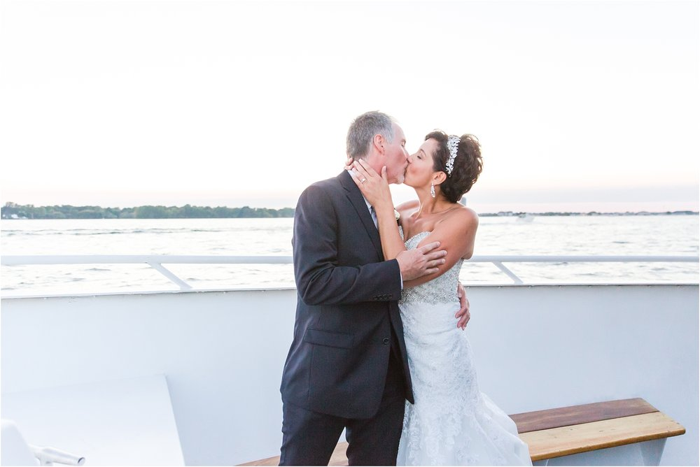 classic-natuical-inspired-wedding-photos-on-infinity-ovation-yacht-in-st-clair-shores-mi-by-courtney-carolyn-photography_0077.jpg