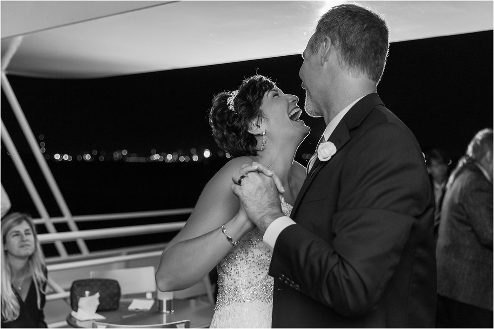 classic-natuical-inspired-wedding-photos-on-infinity-ovation-yacht-in-st-clair-shores-mi-by-courtney-carolyn-photography_0101.jpg