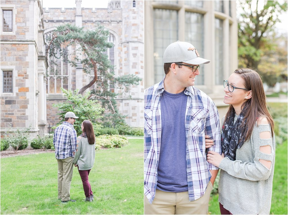 classic-fall-engagement-photos-at-the-university-of-michigan-in-ann-arbor-mi-by-courtney-carolyn-photography_0006.jpg