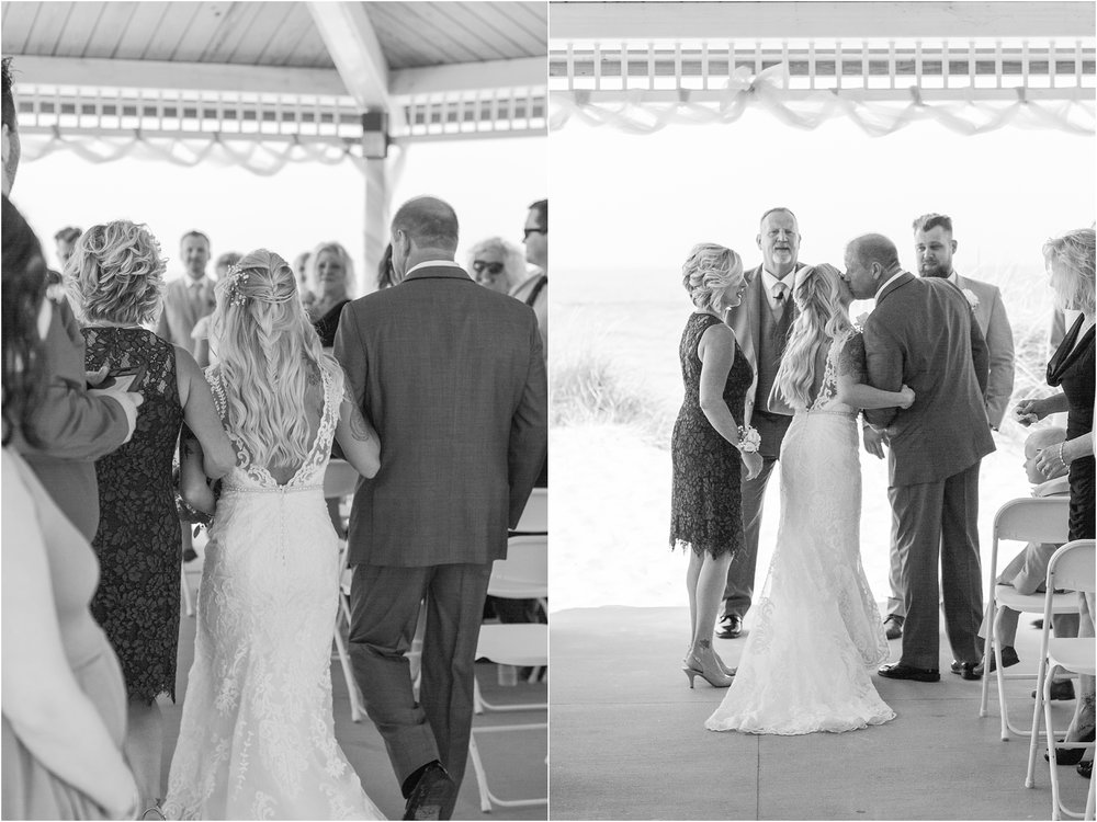 fun-whimsical-beach-wedding-photos-in-st-joseph-michigan-by-courtney-carolyn-photography_0066.jpg
