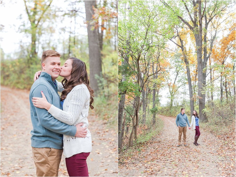 colorful-fall-engagement-photos-at-the-lake-at-huron-meadows-metropark-in-brighton-michigan-by-courtney-carolyn-photography_0028.jpg