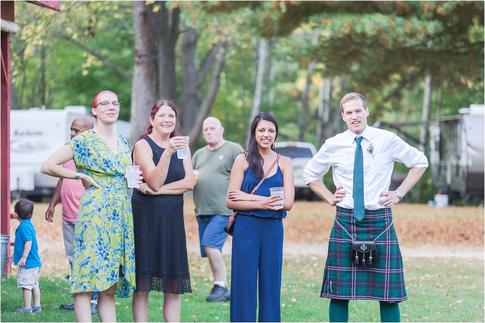 scottish-inspired-wedding-photos-in-the-country-in-port-sanilac-michigan-by-courtney-carolyn-photography_0069.jpg