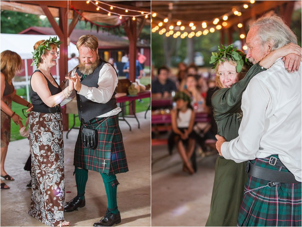 scottish-inspired-wedding-photos-in-the-country-in-port-sanilac-michigan-by-courtney-carolyn-photography_0070.jpg