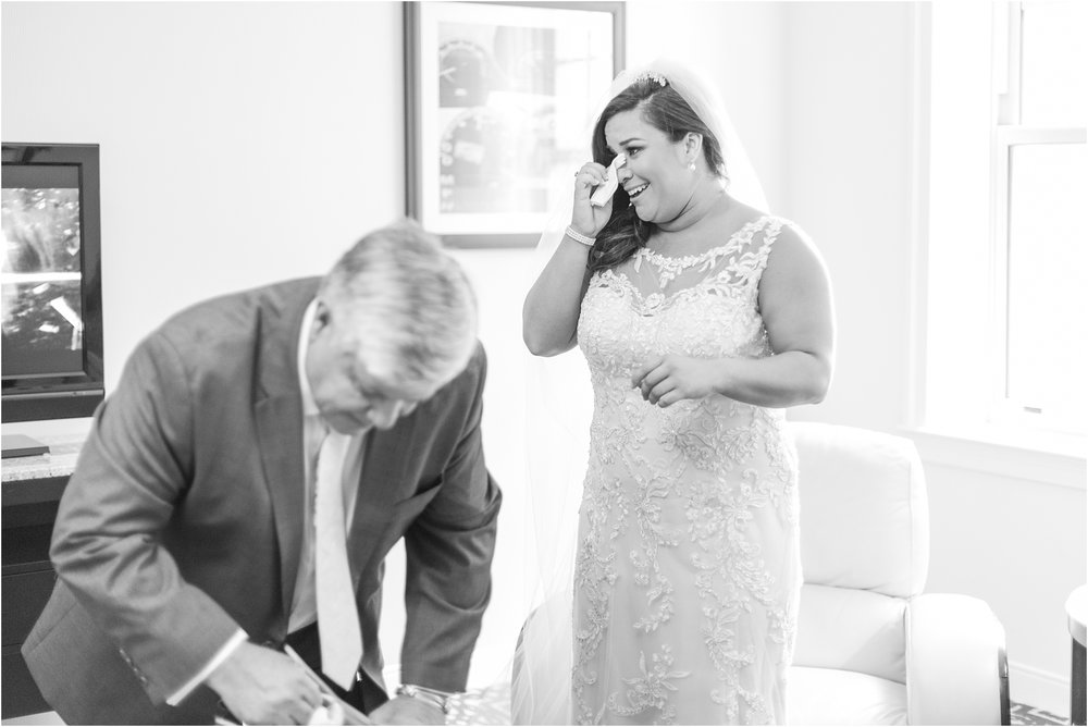 father-and-bride-share-emotional-first-look-on-wedding-day-photos-in-detroit-michigan-by-courtney-carolyn-photography_0050.jpg