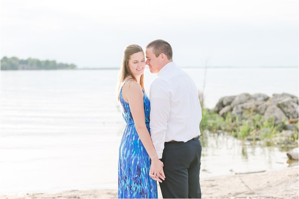 emotional-candid-romantic-engagement-photos-in-detroit-chicago-northern-michigan-by-courtney-carolyn-photography_0044.jpg