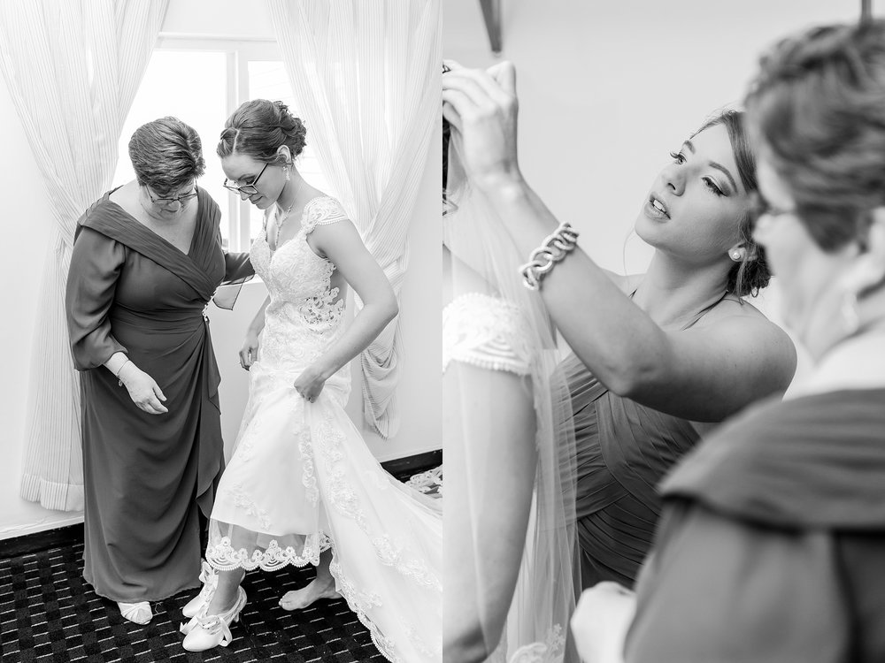 classic-timeless-candid-wedding-photos-in-grosse-ile-and-trenton-michigan-by-courtney-carolyn-photography_0006.jpg