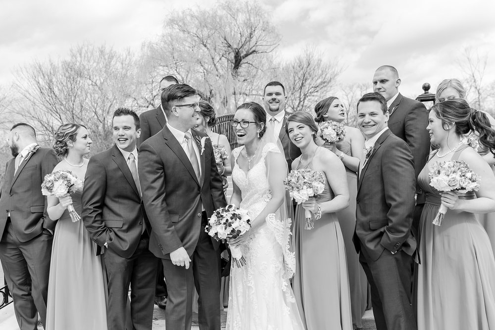 classic-timeless-candid-wedding-photos-in-grosse-ile-and-trenton-michigan-by-courtney-carolyn-photography_0039.jpg