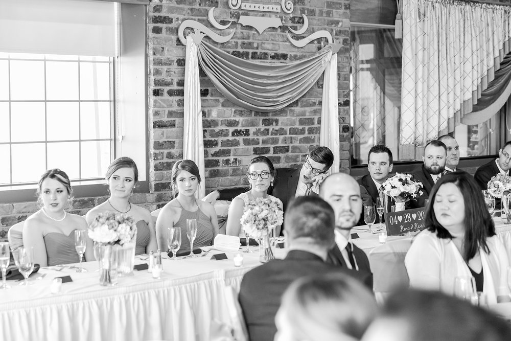 classic-timeless-candid-wedding-photos-in-grosse-ile-and-trenton-michigan-by-courtney-carolyn-photography_0067.jpg