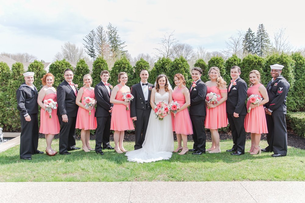 romantic-artful-candid-wedding-photos-in-st-clair-shores-at-the-white-house-wedding-chapel-by-courtney-carolyn-photography_0041.jpg
