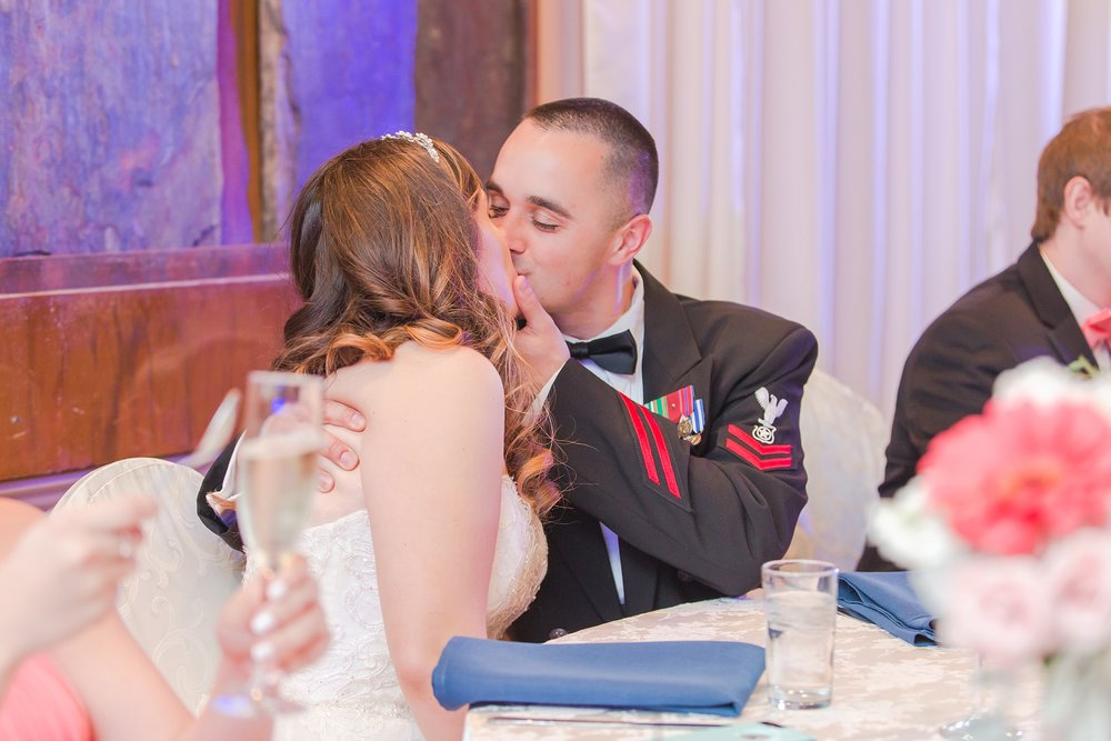 romantic-artful-candid-wedding-photos-in-st-clair-shores-at-the-white-house-wedding-chapel-by-courtney-carolyn-photography_0068.jpg