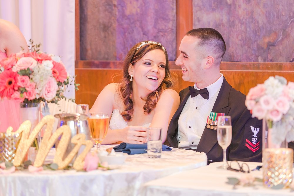 romantic-artful-candid-wedding-photos-in-st-clair-shores-at-the-white-house-wedding-chapel-by-courtney-carolyn-photography_0071.jpg