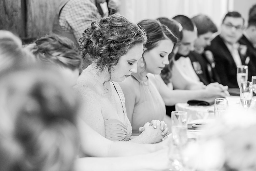 romantic-artful-candid-wedding-photos-in-st-clair-shores-at-the-white-house-wedding-chapel-by-courtney-carolyn-photography_0074.jpg