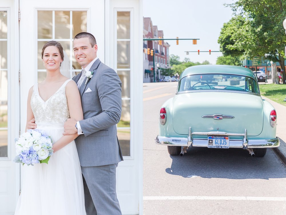 classic-intimate-fun-wedding-photos-at-the-meeting-house-grand-ballroom-in-plymouth-michigan-by-courtney-carolyn-photography_0048.jpg