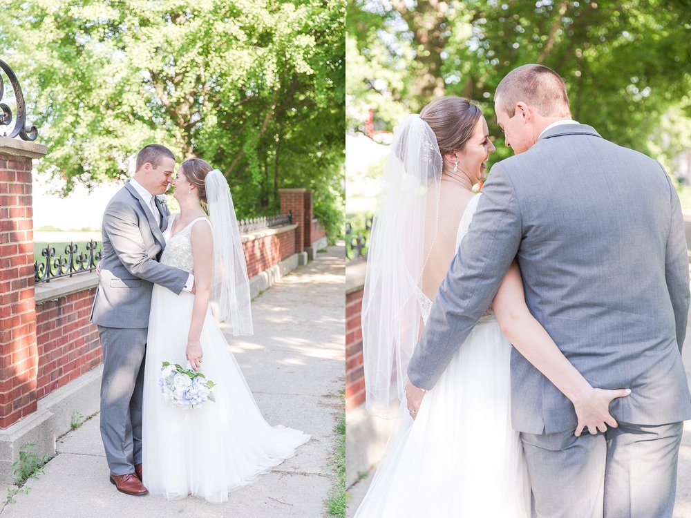 classic-intimate-fun-wedding-photos-at-the-meeting-house-grand-ballroom-in-plymouth-michigan-by-courtney-carolyn-photography_0058.jpg