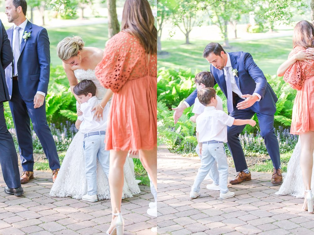 fun-candid-laid-back-wedding-photos-at-wellers-carriage-house-in-saline-michigan-and-at-the-eagle-crest-golf-resort-by-courtney-carolyn-photography_0076.jpg