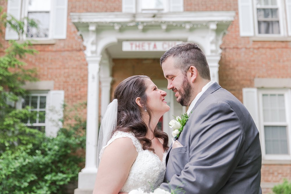 emotional-laid-back-romantic-wedding-photos-at-adrian-college-herrick-chapel-in-adrian-michigan-by-courtney-carolyn-photography_0036.jpg