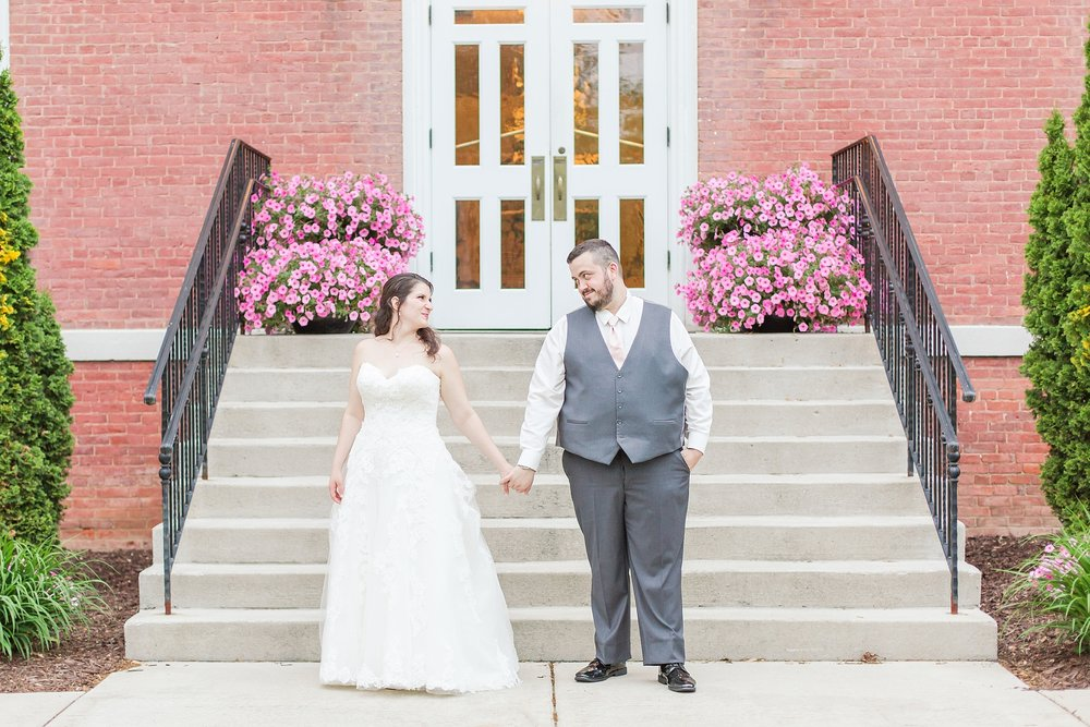 emotional-laid-back-romantic-wedding-photos-at-adrian-college-herrick-chapel-in-adrian-michigan-by-courtney-carolyn-photography_0058.jpg