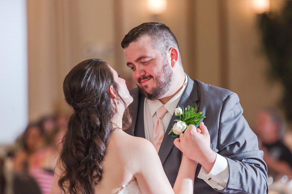 emotional-laid-back-romantic-wedding-photos-at-adrian-college-herrick-chapel-in-adrian-michigan-by-courtney-carolyn-photography_0074.jpg