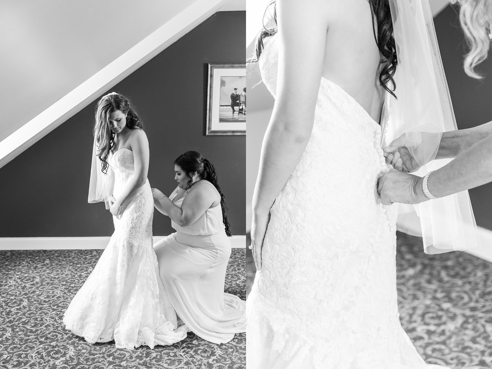 candid-timeless-wedding-photos-at-the-captains-club-in-grand-blanc-michigan-by-courtney-carolyn-photography_0009.jpg