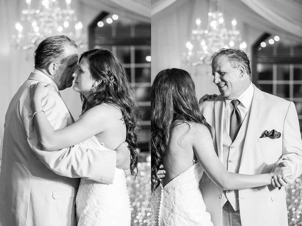 candid-timeless-wedding-photos-at-the-captains-club-in-grand-blanc-michigan-by-courtney-carolyn-photography_0108.jpg