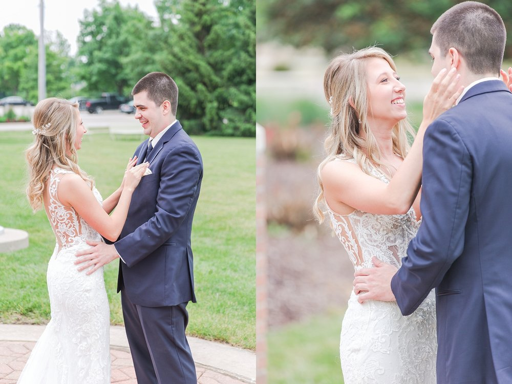 candid-romantic-wedding-photos-at-the-h-hotel-in-midland-michigan-by-courtney-carolyn-photography_0027.jpg