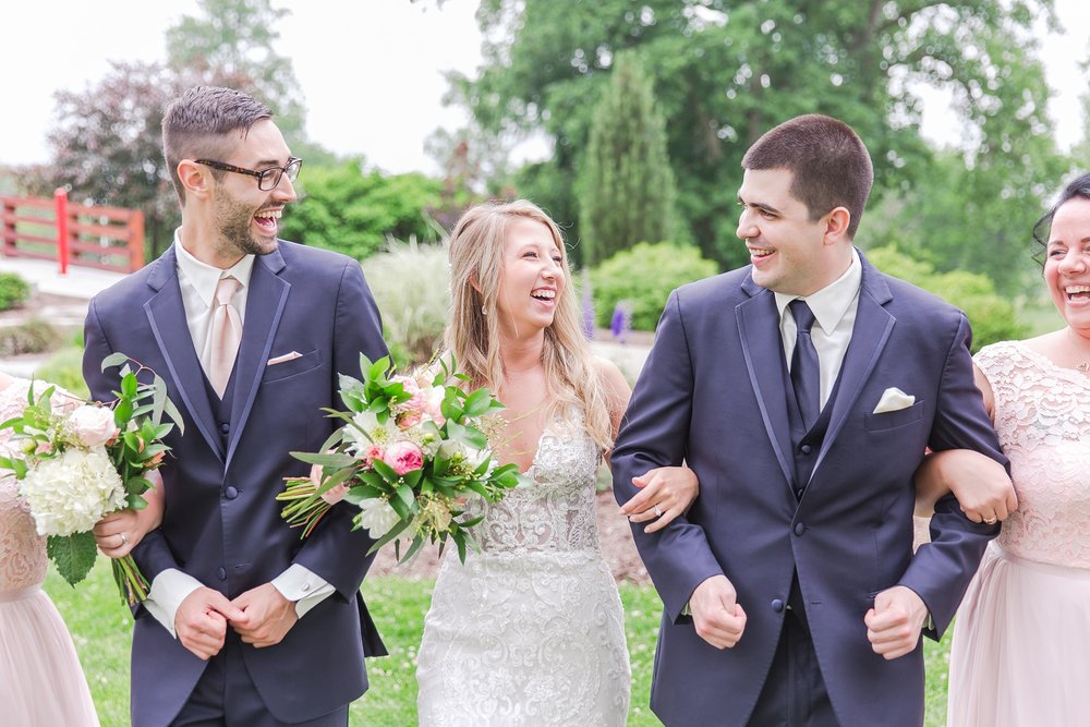 candid-romantic-wedding-photos-at-the-h-hotel-in-midland-michigan-by-courtney-carolyn-photography_0059.jpg