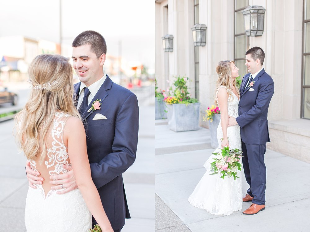 candid-romantic-wedding-photos-at-the-h-hotel-in-midland-michigan-by-courtney-carolyn-photography_0106.jpg