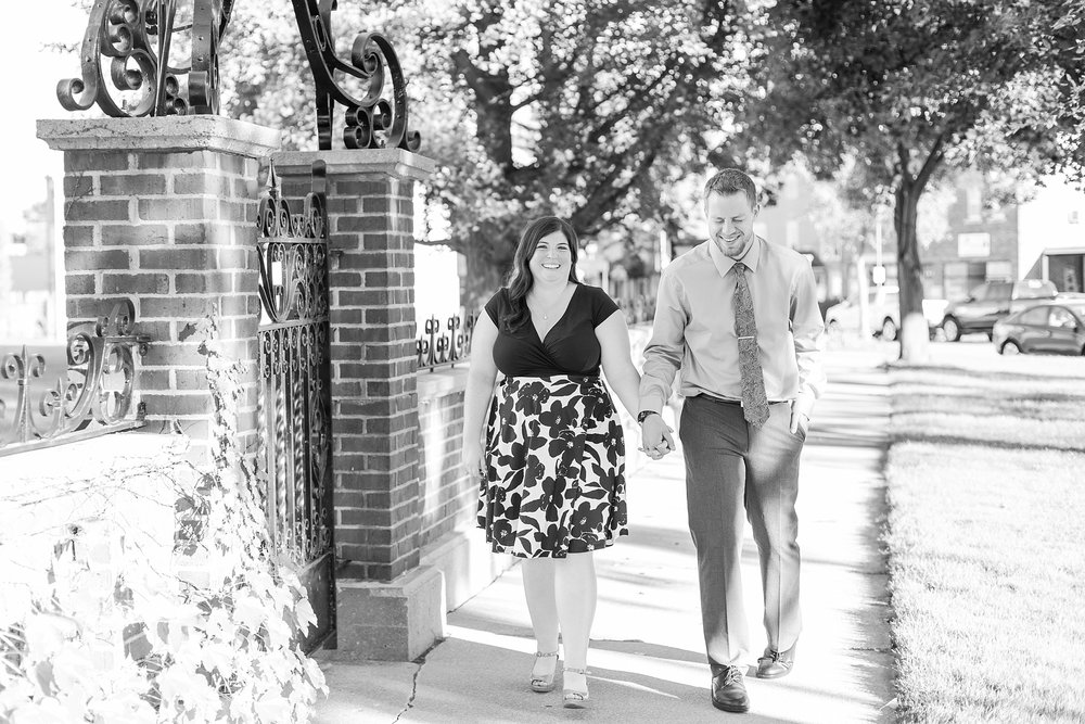 fun-fall-engagement-photos-in-downtown-plymouth-michigan-by-courtney-carolyn-photography_0008.jpg