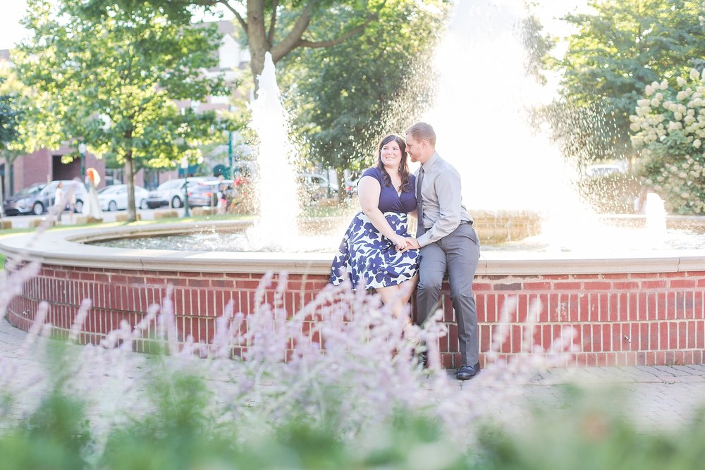 fun-fall-engagement-photos-in-downtown-plymouth-michigan-by-courtney-carolyn-photography_0013.jpg