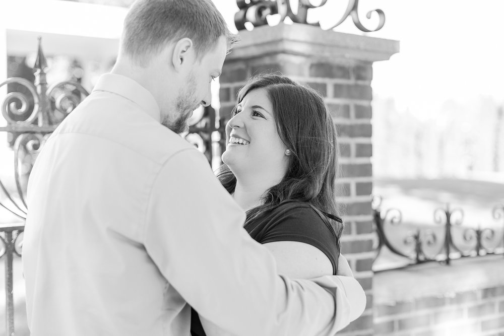 fun-fall-engagement-photos-in-downtown-plymouth-michigan-by-courtney-carolyn-photography_0019.jpg