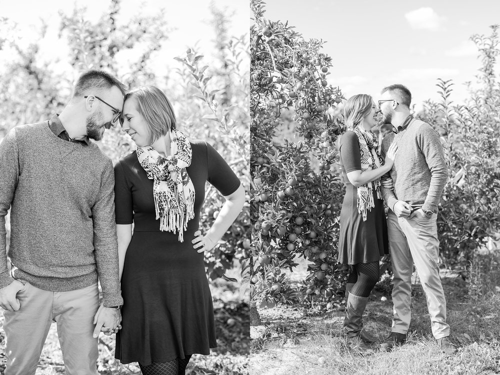 playful-fall-engagement-photos-at-hy's-cider-mill-ochard-in-bruce-township-michigan-by-courtney-carolyn-photography_0013.jpg