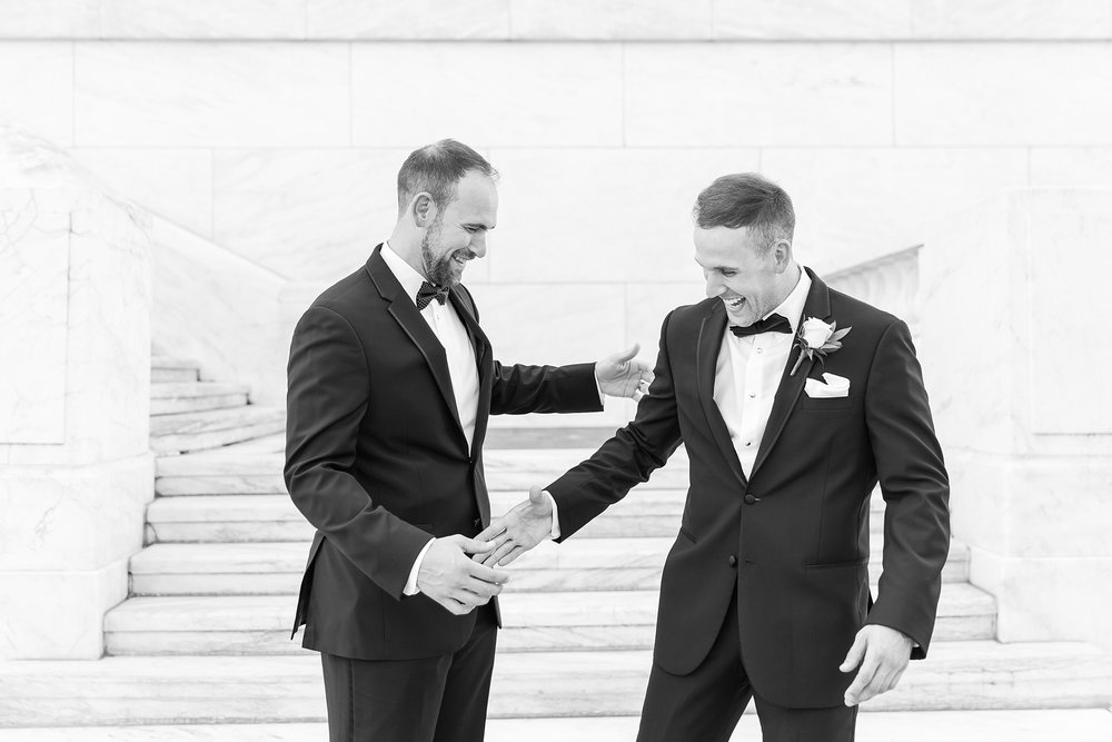 candid-romantic-wedding-photos-at-the-masonic-temple-belle-isle-detroit-institute-of-arts-in-detroit-michigan-by-courtney-carolyn-photography_0053.jpg