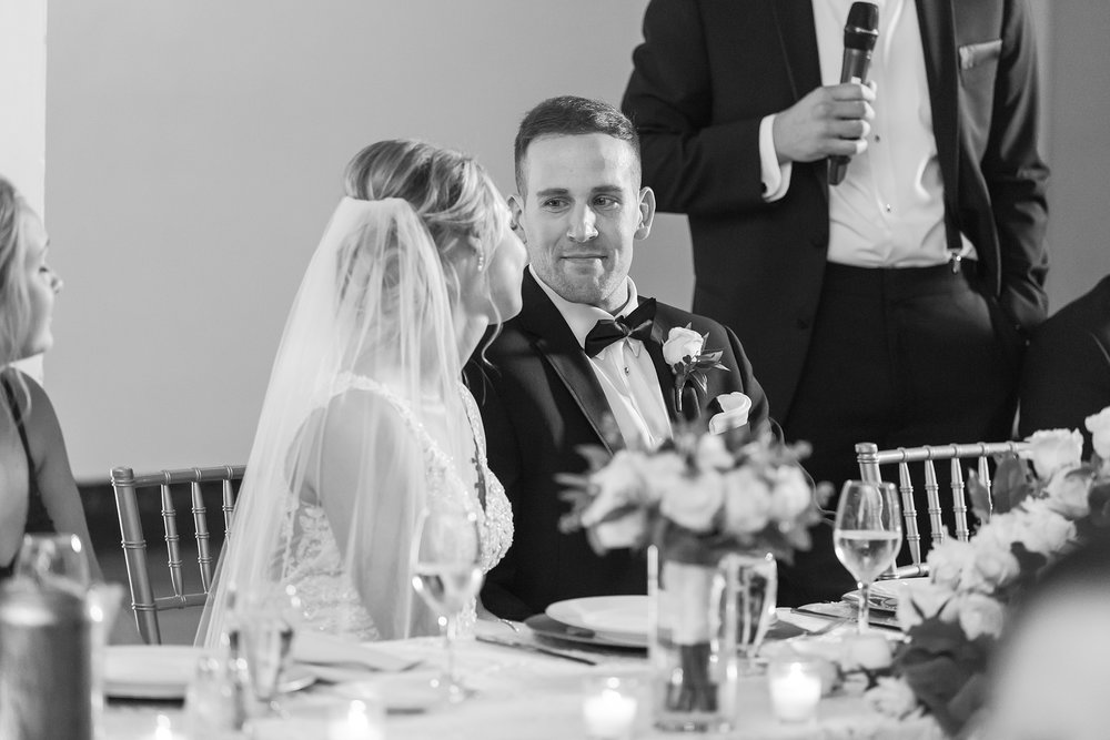 candid-romantic-wedding-photos-at-the-masonic-temple-belle-isle-detroit-institute-of-arts-in-detroit-michigan-by-courtney-carolyn-photography_0101.jpg