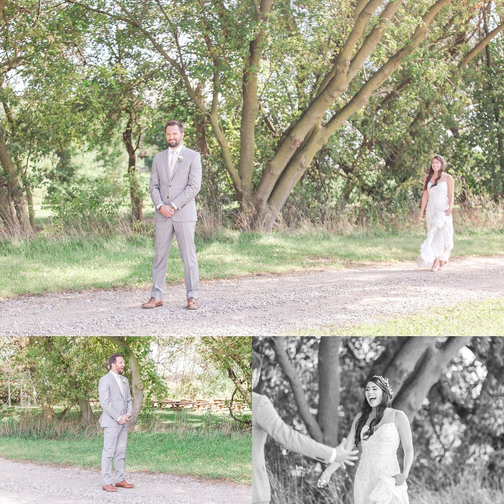 natural-rustic-wedding-photos-at-frutig-farms-the-valley-in-ann-arbor-michigan-by-courtney-carolyn-photography_0016.jpg