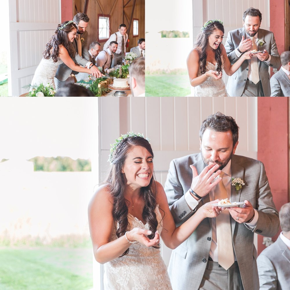 natural-rustic-wedding-photos-at-frutig-farms-the-valley-in-ann-arbor-michigan-by-courtney-carolyn-photography_0079.jpg