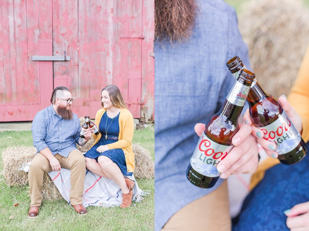 cozy-fall-engagement-photos-at-an-old-family-farm-in-monroe-michigan-by-courtney-carolyn-photography_0006.jpg