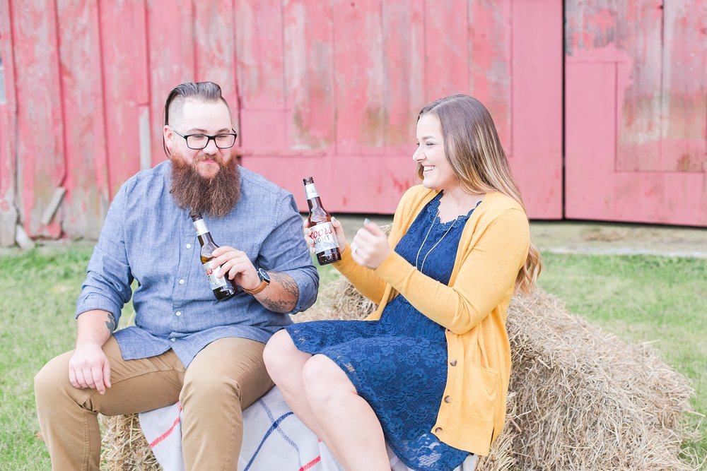 cozy-fall-engagement-photos-at-an-old-family-farm-in-monroe-michigan-by-courtney-carolyn-photography_0013.jpg