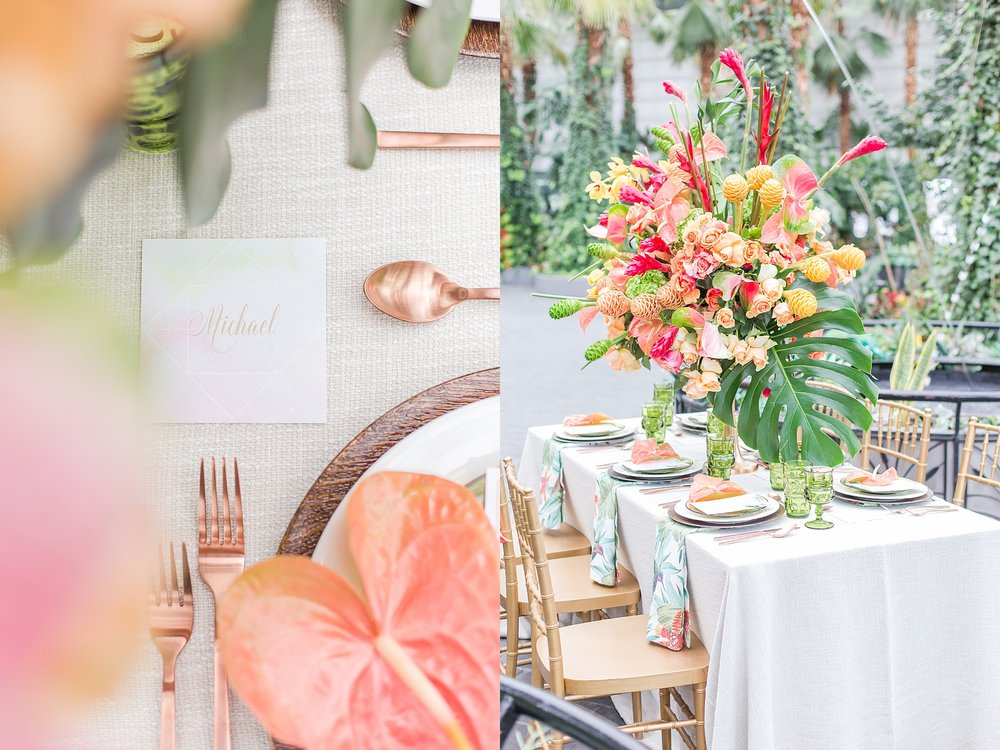 colorful-tropical-wedding-photos-at-the-crystal-gardens-in-chicago-illinois-by-courtney-carolyn-photography_0027.jpg
